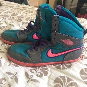 Girls Air Jordan's sneakers size 1Y
